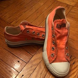 Converse shoelace free sneakers